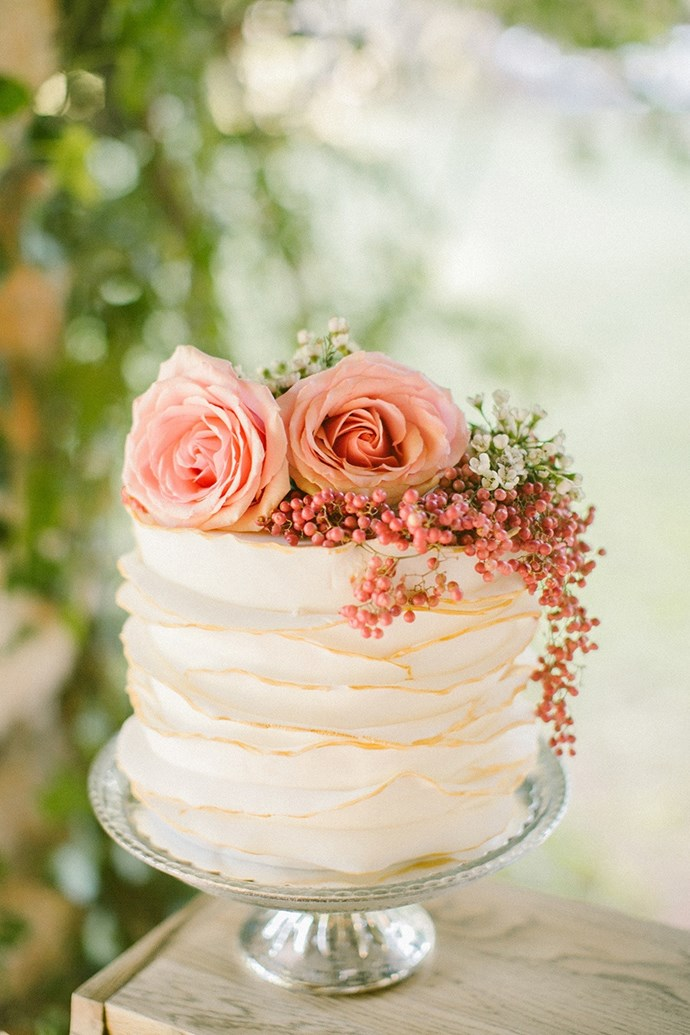 <p> FRESH FLOWERS<p> <p> Fondant and icing flowers can come off a bit old school, so why not go for fresh, colourful flowers to top your cake?<p> <p>