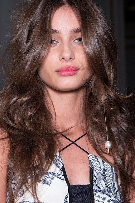 Taylor Hill Blowdry Hair