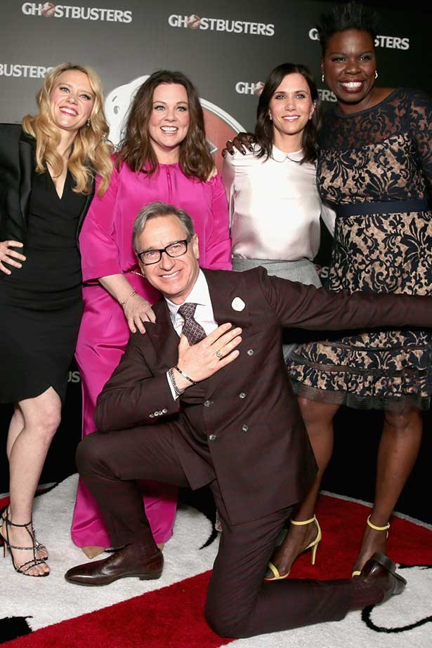 Melissa McCarthy, Kate McKinnon, Kristen Wiig, Leslie Jones, and Paul Feig