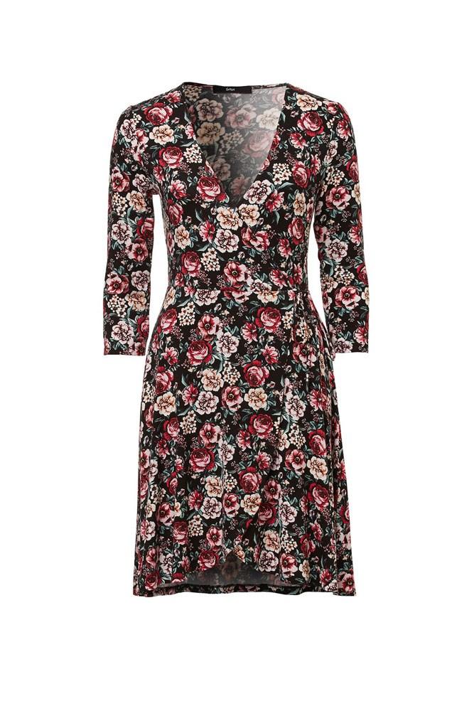 "<a href=""http://www.sportsgirl.com.au/clothing/dresses/floral-jersey-wrap-dress-black"">Dress, $69.95, Sportsgirl</a>"