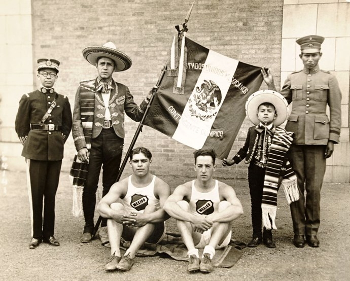 <p> <strong>1924</strong><p> <p> Mexican athletes before boarding a ship to the Olympic games in Paris.