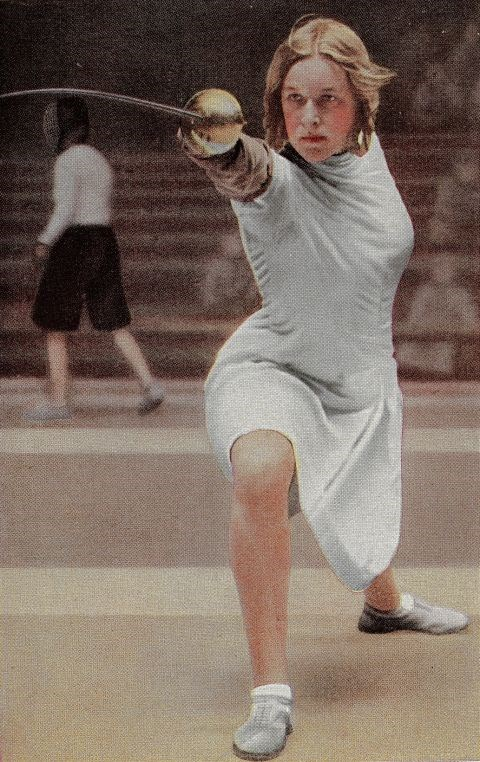 <p> <strong>1932</strong><p> <p> German fencer Helene Mayer at the games in L.A.