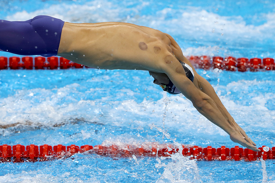 Michael Phelps wins 20th gold medal in 200m butterfly