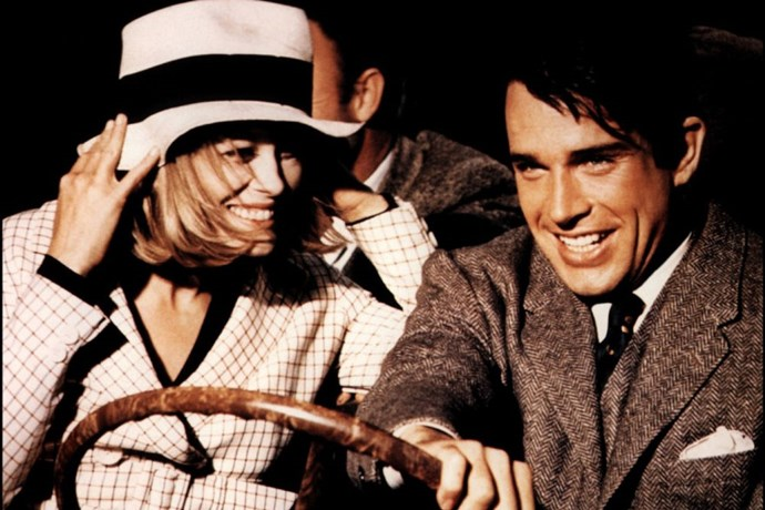 Faye Dunaway and Warren Beatty in <em>Bonnie and Clyde</em> (1967).