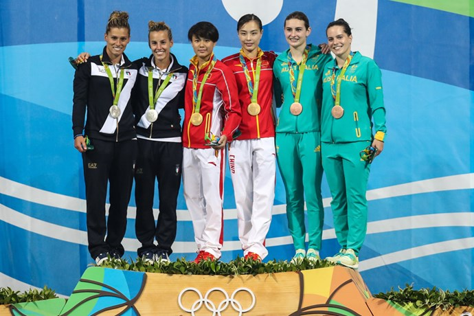 Maddison Keeney and Anabelle Smith won bronze in the women's diving synchronised 3m springboard final.