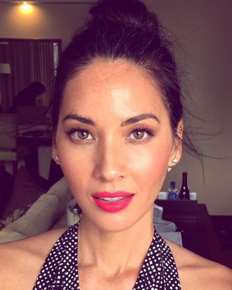 """<p><strong>Olivia Munn</strong> <p>Olivia's complexion includes its fair share of freckles. <p><a href=""""https://www.instagram.com/p/BASg00LsmQf/"""" target=""""_blank"""">Instagram.com/oliviamunn</a>"""