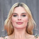 Margot Robbie Reveals What's In Her Beauty Kit And The Workout She Swears By image