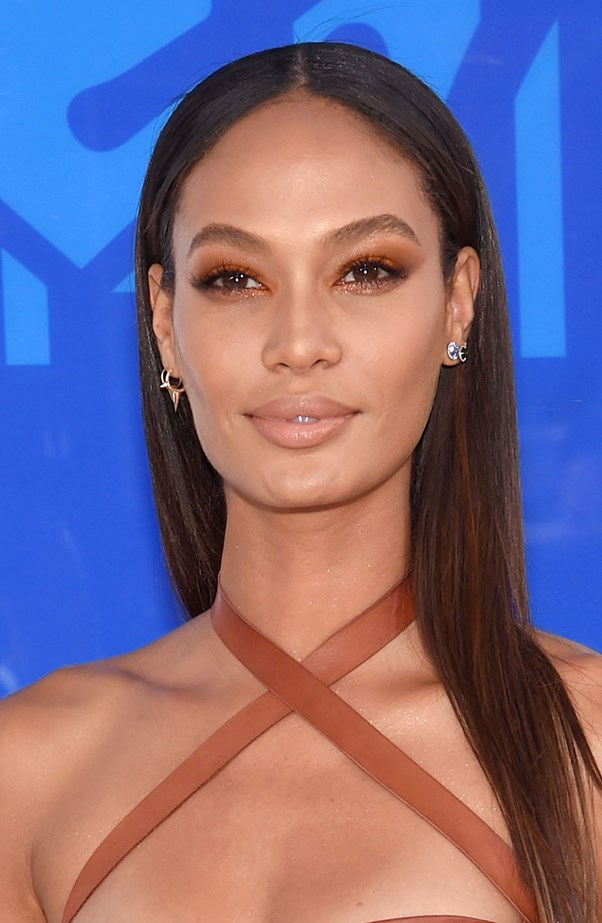 <p>Joan Smalls matched her eyeshadow to her top, and totally pulled it off.