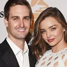 Miranda Kerr Shows Off That Massive Engagement Ring Of Hers In New Selfie image