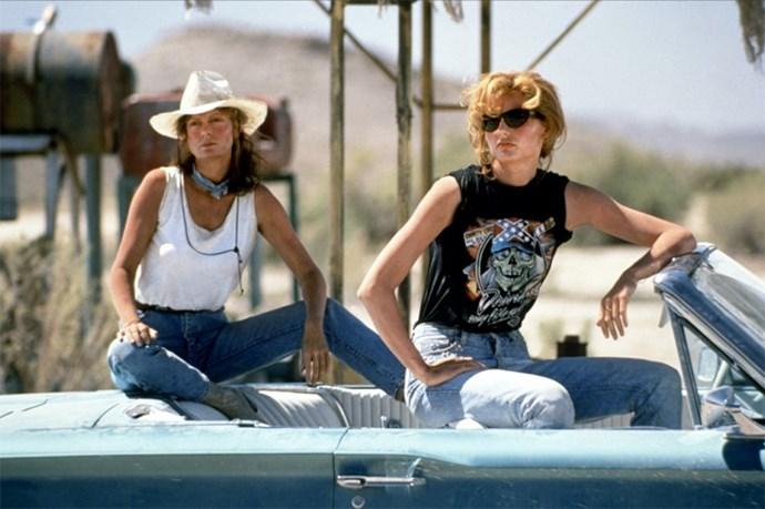 <strong>Thelma & Louise (1991):</strong> Susan Saradon and Geena Davis repping the ultimate road-trip wardrobe.