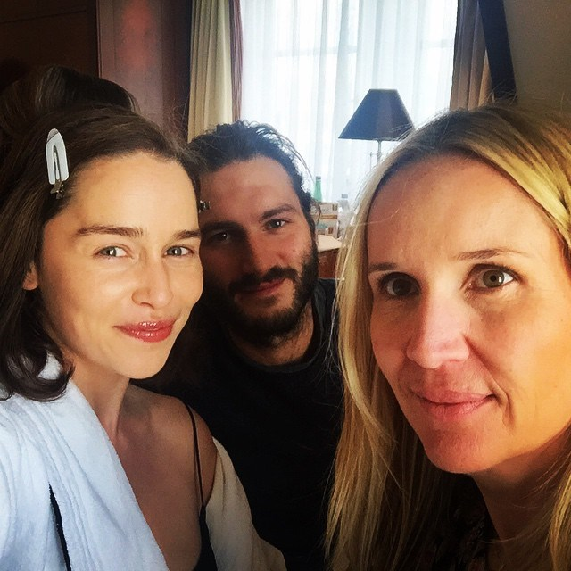 "<p>A <a href=""https://www.instagram.com/p/4MhYu9o1Fq/?taken-by=emilia_clarke"" target=""_blank"">makeup-free Emilia</a> proved she's a natural beauty while getting ready for an event."