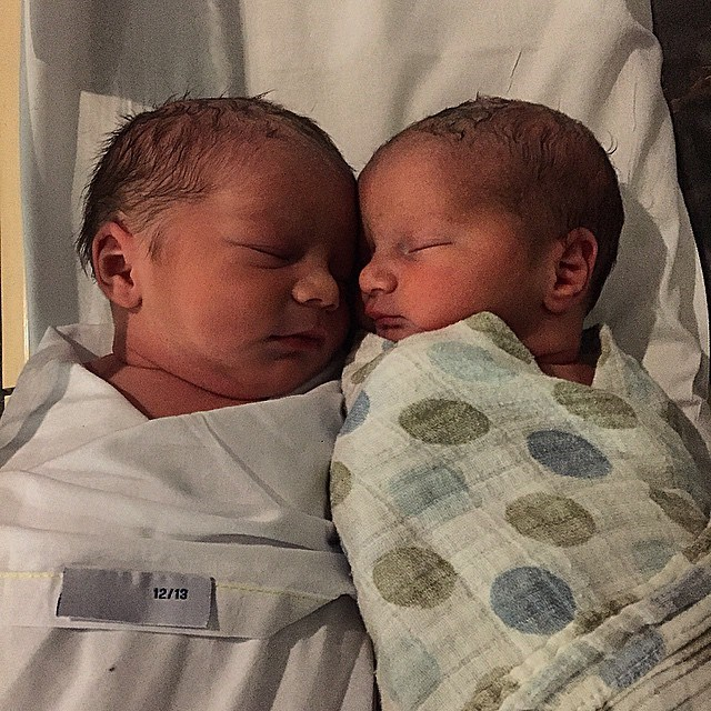 """<p><strong>William David Campbell and Elizabeth Ann Campbell</strong> <br><br>Date of birth: January 2015 <br><br>Famous parents: Lisa and David Campbell <br><br><a href=""""https://www.instagram.com/p/xunPTsm9zy/"""">Instagram.com/davidcampbell73</a>"""