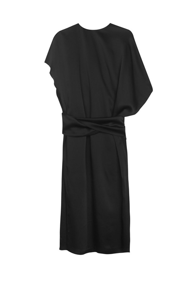 "<a href=""https://www.mychameleon.com.au/duchess-tie-dress-p-4847.html?typemf=women"">Dress, $695, Altewai Saome at mychameleon.com.au</a>"
