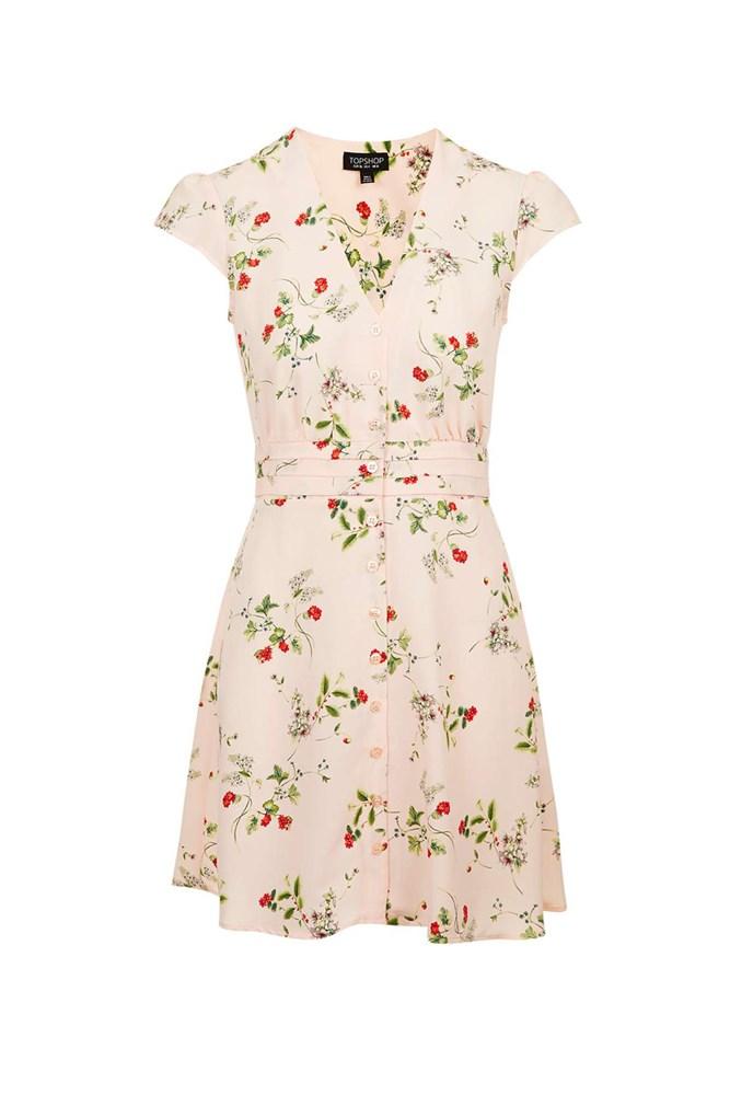 """<a href=""""http://www.topshop.com/en/tsuk/product/floral-tea-dress-5614355?bi=40&ps=20"""">Dress, approx. $70, Topshop</a>"""