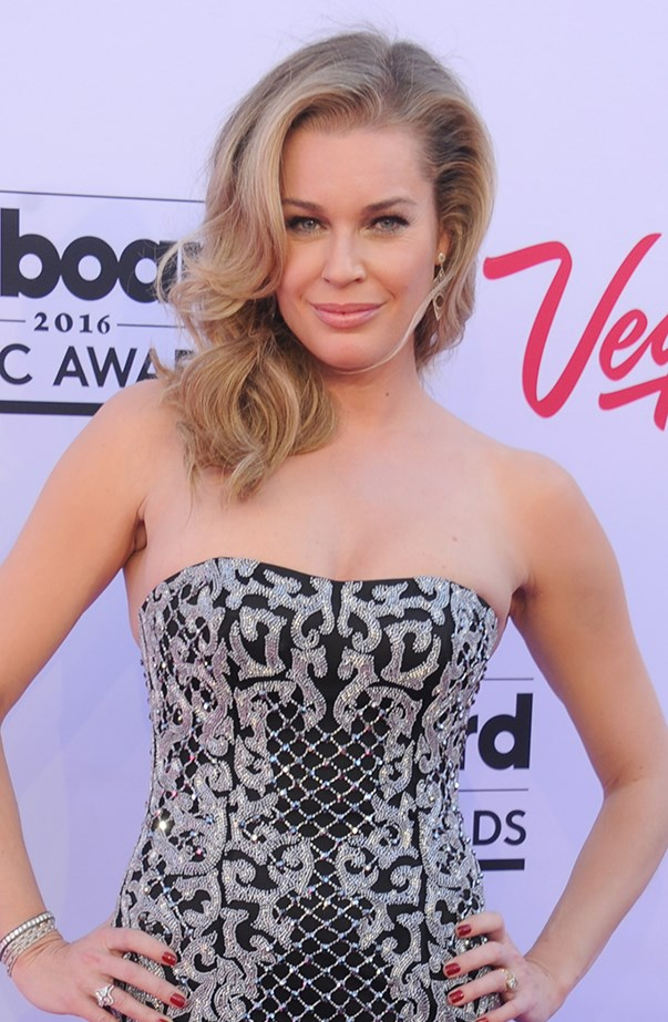 <p><strong>Rebecca Romijn</strong> <p>For the duration of her marriage to John Stamos, Rebecca Romijn was often credited as Rebecca Romjin-Stamos. When their divorce was finalised in March 2005 she went back to being credited by her maiden name, but in a 2013 interview with Conan O'Brien she revealed she hadn't gotten around to legally changing her name back to Rebecca Romijn. She's now married to Jerry O'Connell.
