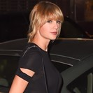 The Deposition In Taylor Swift's Lawsuit Against A Radio Host Who Allegedly Groped Her Has Been Released image