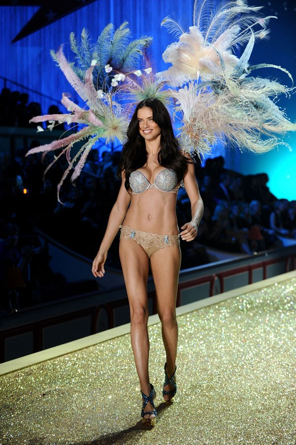 <strong>2010</strong> <br><br> Adriana Lima