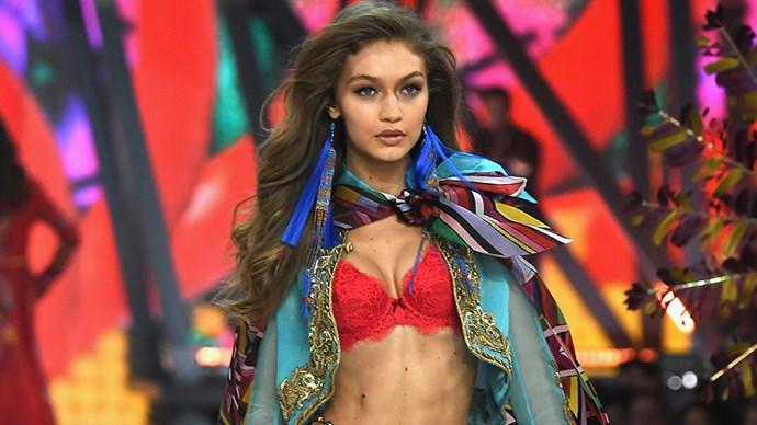 Victoria's secret fashion show 2016 runway