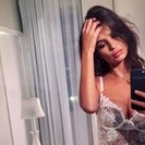 Emily Ratajkowski Takes One Of Her Sexiest Lingerie Selfies Ever image