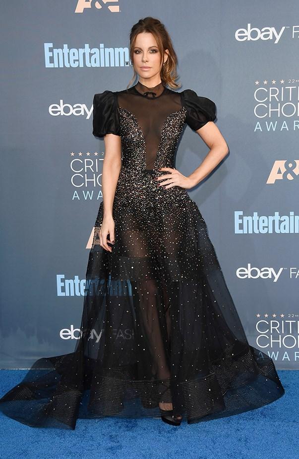 <p>Kate Beckinsale in Reem Acra.