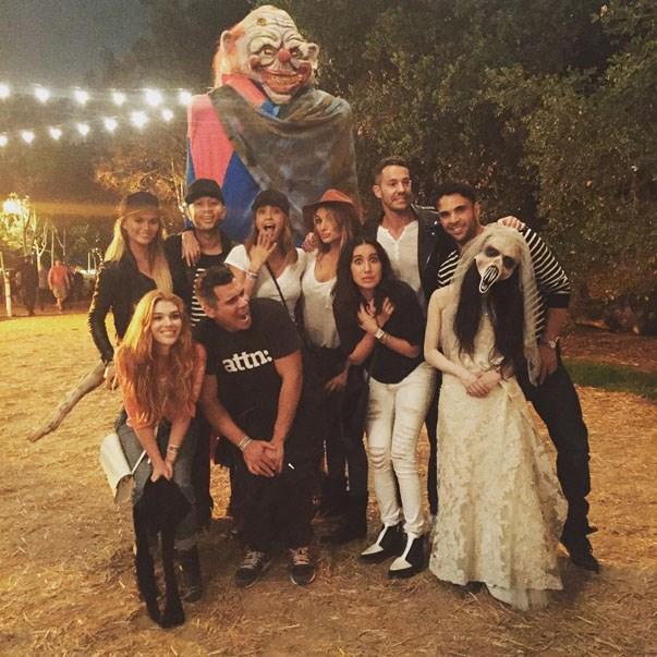 <p><strong>Chrissy Teigen & John Legend and Jessica Alba & Cash Warren</strong> <p>Halloween-themed double date night friends.