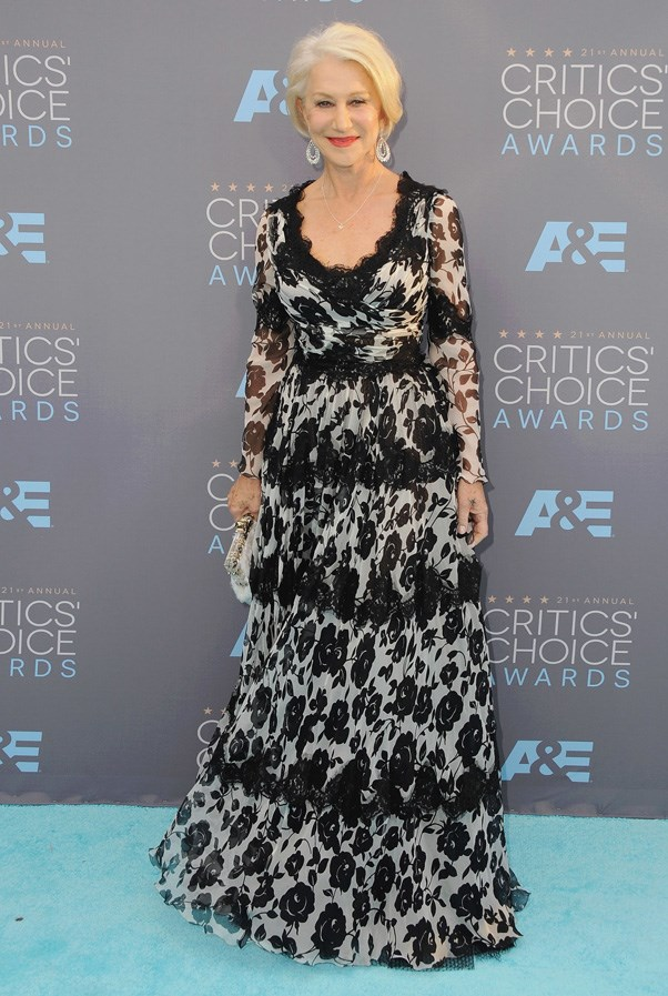 <p><strong>HELEN MIRREN IN DOLCE & GABBANA</strong> <br><br> Dame Mirren looked as stunning as ever in black and white Dolce & Gabbana at the Critics' Choice Awards.