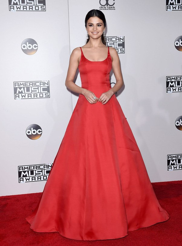 <P><strong>SELENA GOMEZ IN PRADA</strong> <BR><BR> For her first major event after a stint in rehab—the American Music Awards—Selena Gomez did a cherry red princess ball gown from Prada.