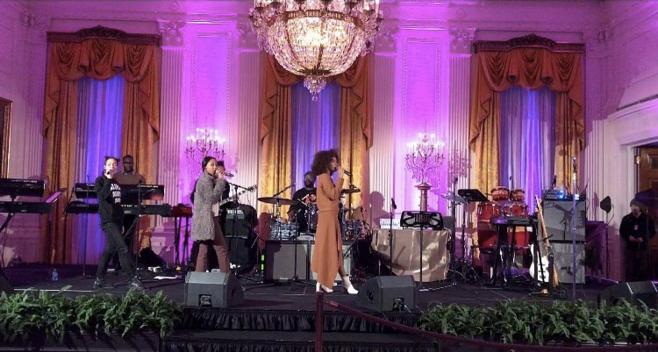 "Solange Knowles <br><br> <a href=""https://www.instagram.com/p/BO-JfhwBfe4/"">@saintrecords</a>"