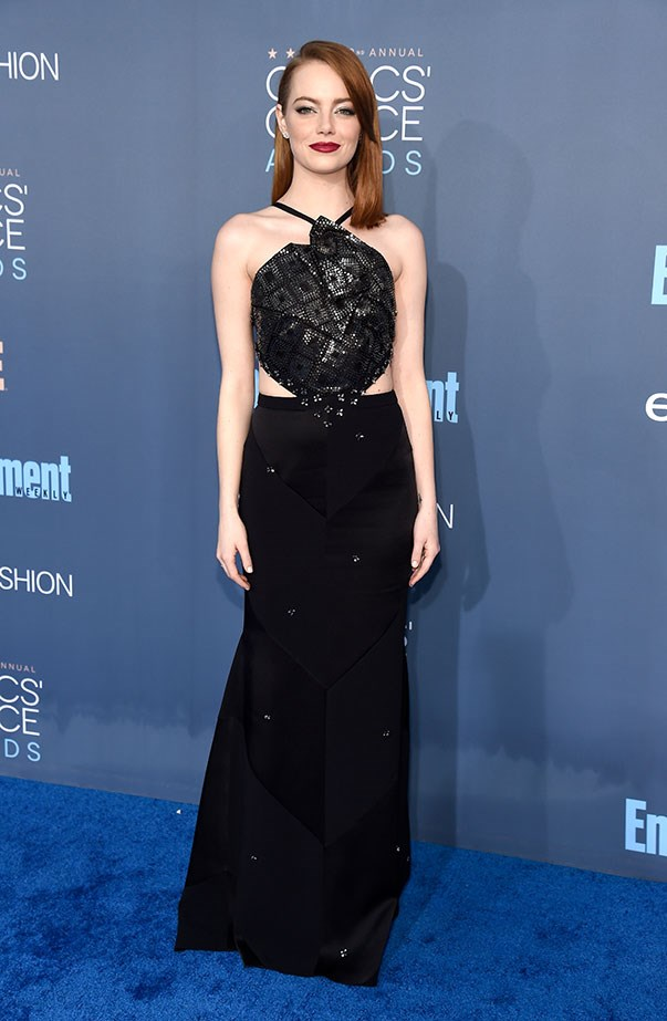 <p>Emma proved black is anything but boring when she attended the Critics' Choice Awards in Roland Mouret.