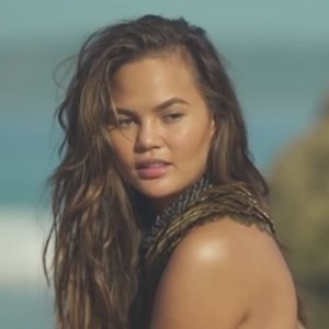 Chrissy Teigen Sports Illustrated 2017