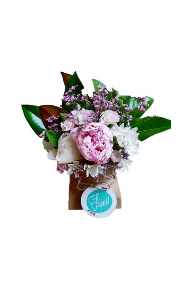 "Weekly Fresh Flower Subscription, from $47/week (<a href=""http://thefreshflowerproject.com.au/subscription"">Sydney</a>) and $30/week (<a href=""http://www.hipetal.com.au/products/weekly-flowers-for-a-month"">Melbourne</a>)."