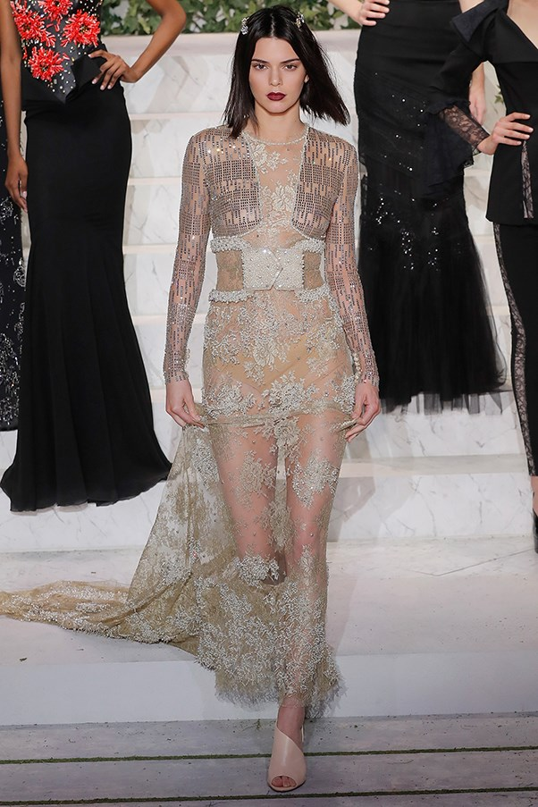<p><strong>La Perla</strong> <BR><Br> Kendall Jenner closed La Perla's show in a see-through, embellished, floor-length gown. The model also used the runway to debut a new, short bob.