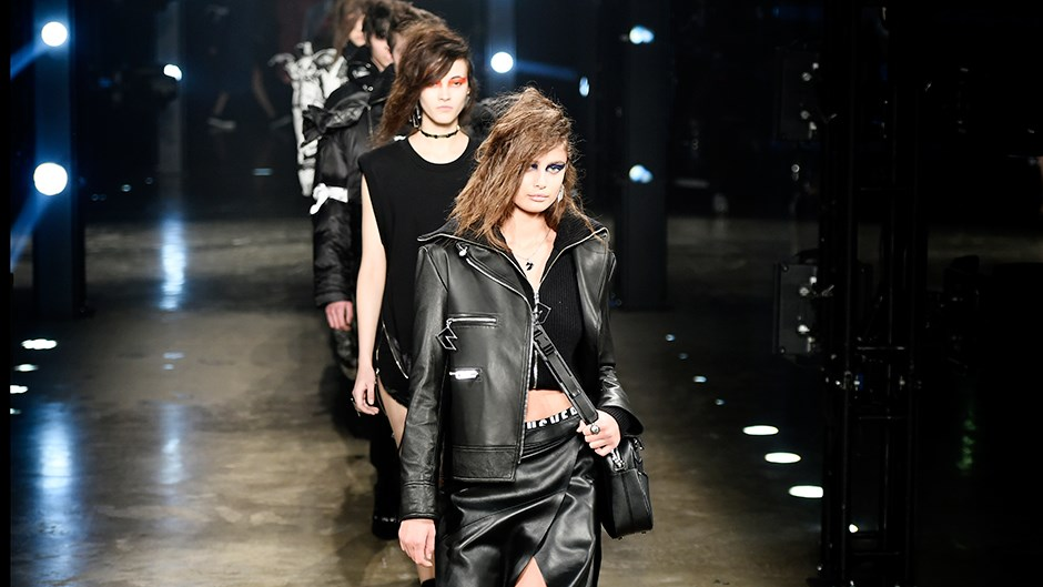 <p>Take a look at the model moments from Versus Versace's London fashion week show.