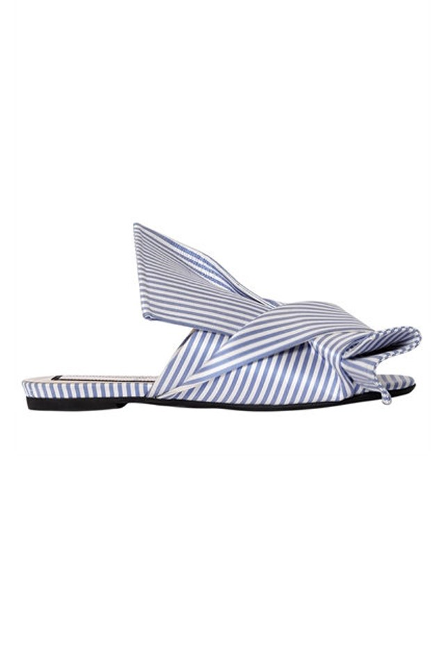 """<p> <strong>For when you're expecting to run into an ex at the beach</strong><p> <p> Mules, $705, <a href=""""https://www.luisaviaroma.com/n%C2%B021/women/flats/65I-ALQ001/lang_EN/colorid_QklBTkNPL0FaWlVSUk81?SubLine=shoes&CategoryId=89"""">No21 at luisaviaroma.com.</a>"""