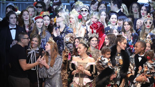 From Hollywood royalty to blogger bombshells, here is your definitive guide to every non-model who walked in Dolce & Gabbana's runway show.