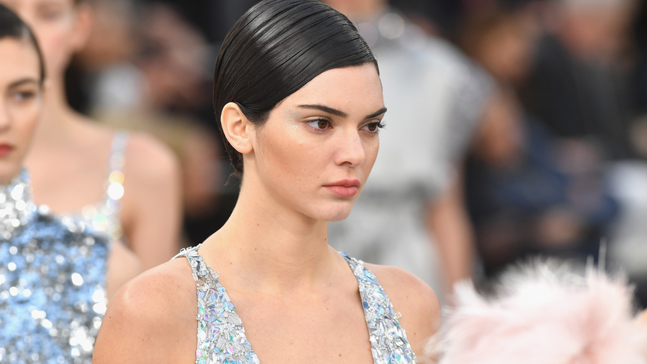 Kendall Jenner's $163000 Jewelery Theft Was An 'Inside Job' Police Suspects