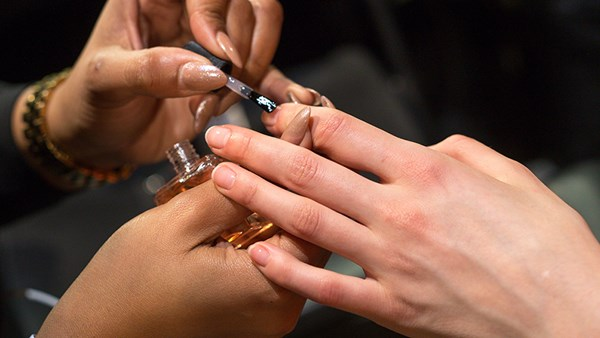 The Best Nude Nail Polishes For The Chicest Ballet Mani