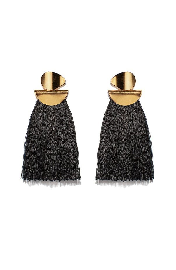 "<p>Lizzie Fortunato earrings, approx. $242 at <a href=""https://www.shopbop.com/crater-earrings-lizzie-fortunato/vp/v=1/1510491654.htm?folderID=2534374302164175&fm=other-viewall&os=false&colorId=12867"">Shopbop</a>"