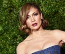 Sorry, But No One Is Allowed To Use A Public Bathroom At The Same Time As J.Lo
