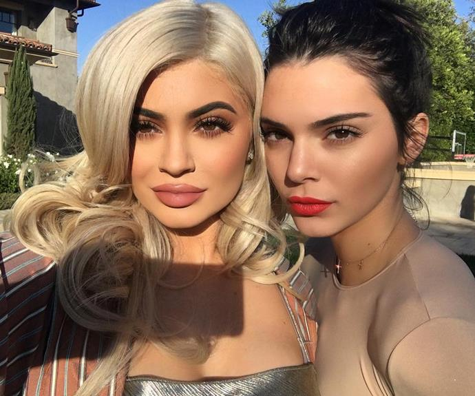 Kendall and kylie jenner respond to tupac photographer 39 s for Kendall and kylie vintage t shirts