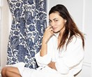 How Phoebe Tonkin Gets Back Her Glow After A Long-Haul Flight