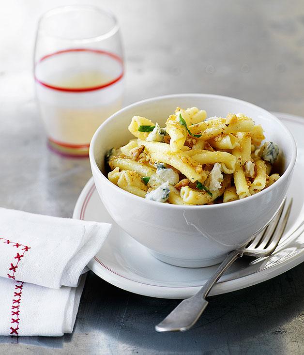 Strozzapreti with walnut and gorgonzola sauce :: Gourmet ...