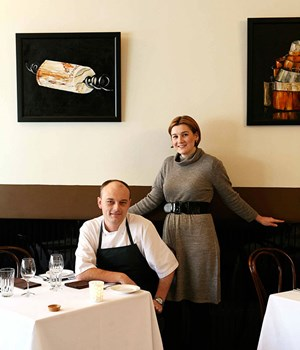 Video inside restaurant hubert sydney gourmet traveller for Koots salle a manger