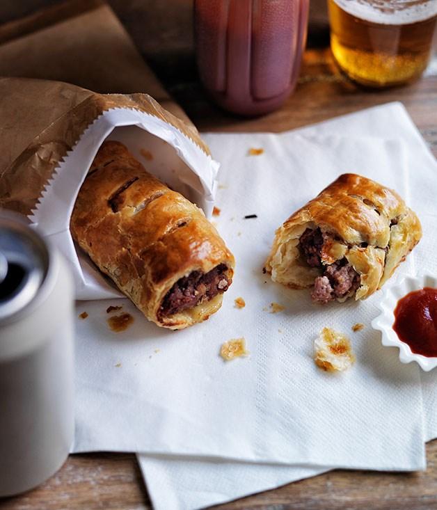 pork veal and fennel sausage rolls recipe gourmet. Black Bedroom Furniture Sets. Home Design Ideas