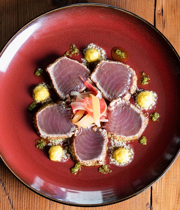 Sesame seared tuna, sweetcorn and ginger puree, pickled carrot and chive oil