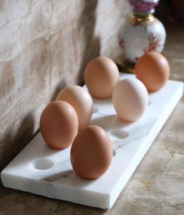 The Seasonal Circle marble egg tray