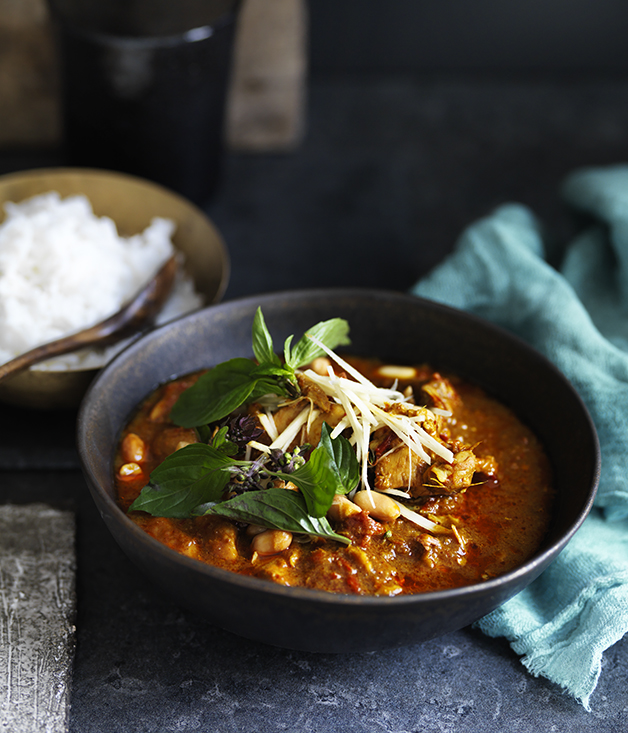 Chiang Mai chicken curry recipe :: Gourmet Traveller