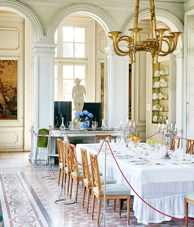 The dining room at Château de Bizy