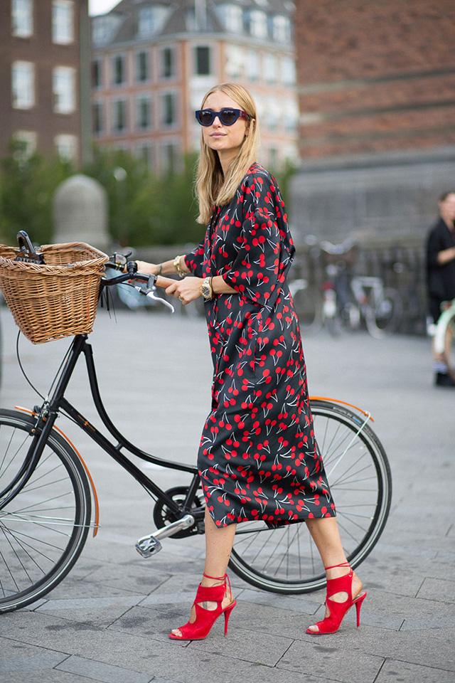 Girls And Bikes Copenhagen Street Style Harper 39 S Bazaar
