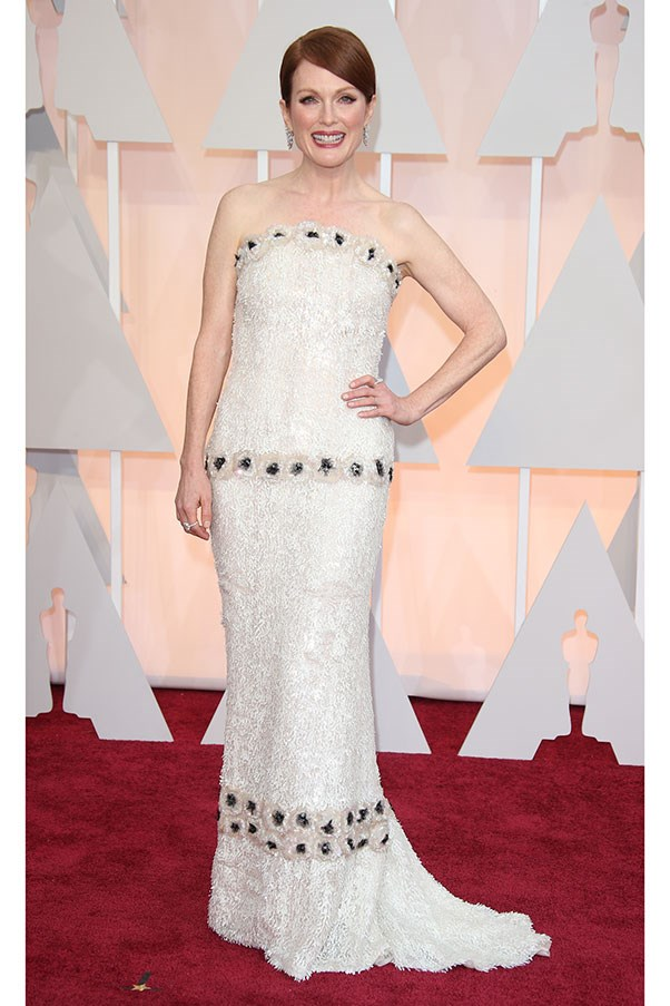 <strong>CHANEL</strong><BR><BR> Julianne Moore at the Academy Awards